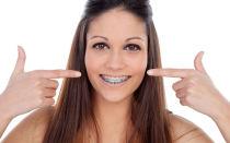 Есть ли ограничения по возрасту для лечения брекетами?