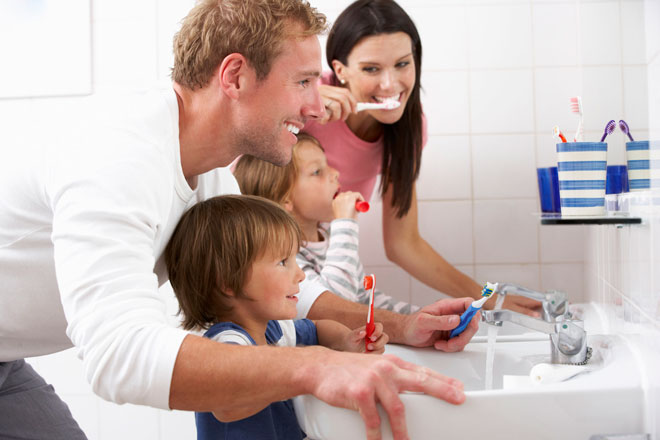 уход за зубами всей семьей